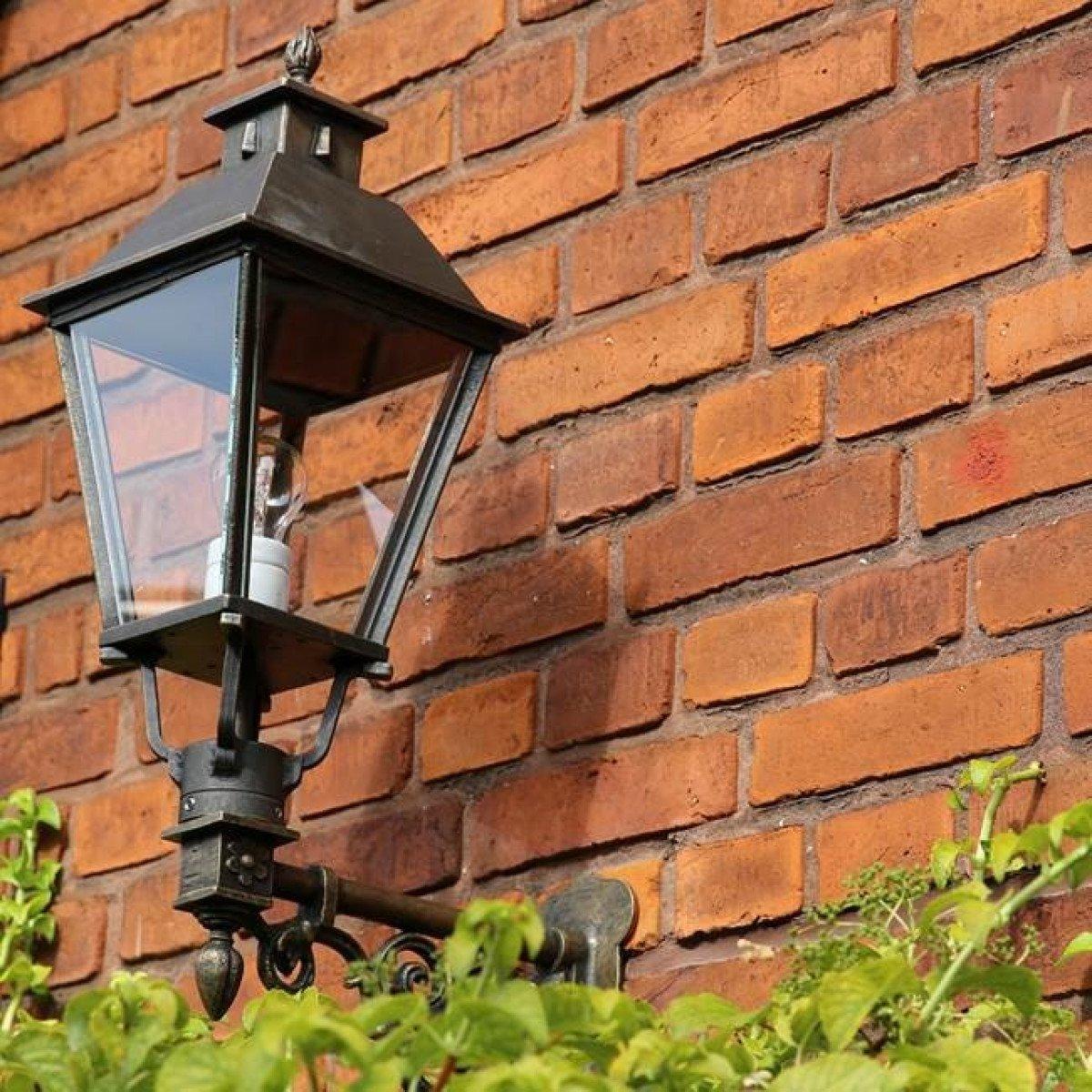 Muur lantaarn Katwijk M brons
