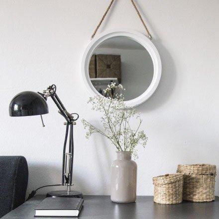 Tafel en bureaulampen