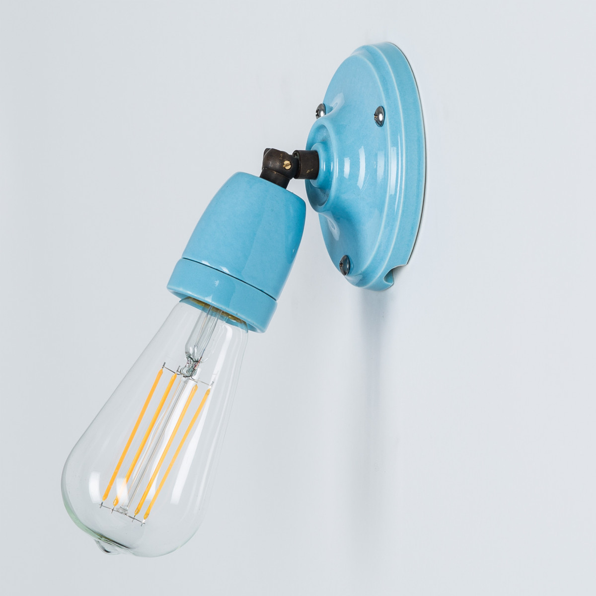 Stoere retro wandlamp Esther blauw