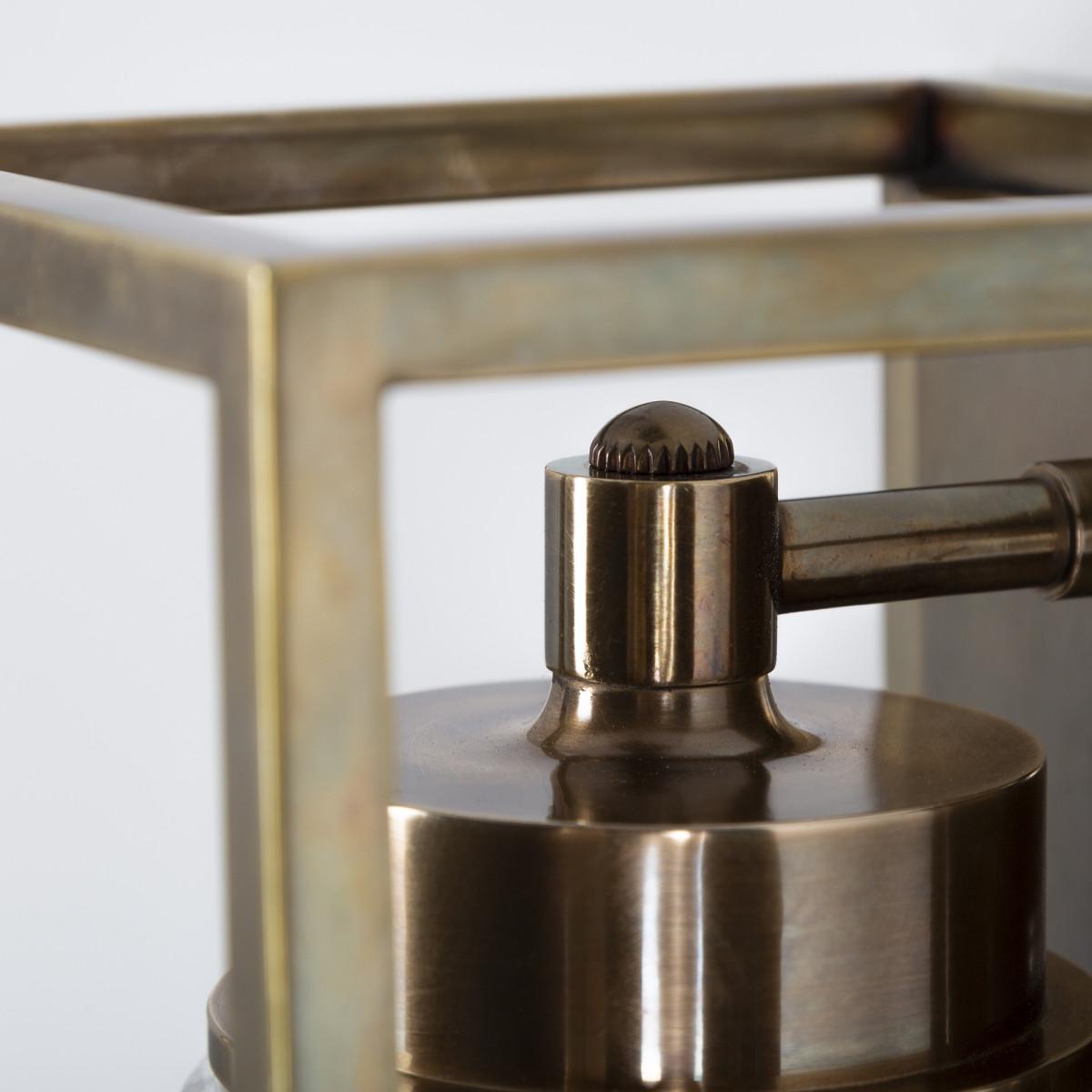 Wandlamp Fitzroy antiek messing, klassiek box design met stolpglas, e27 fitting, wandverlichting met een luxueuze uitstraling, exclusieve verlichting voor aan de wand