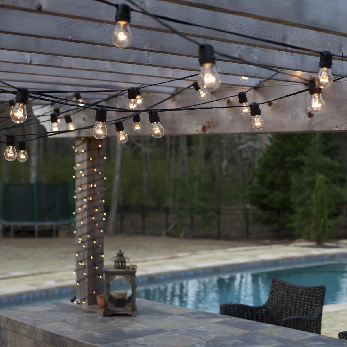 Feestverlichting LED Patio 10 helder - 10 meter / 12 fittingen