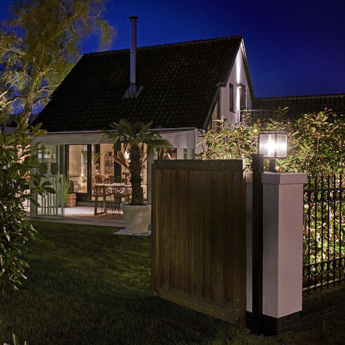 Buitenlamp staand zwart De Vecht Sokkel van KS Verlichting stijlvol strak moderne verlichting voor buiten