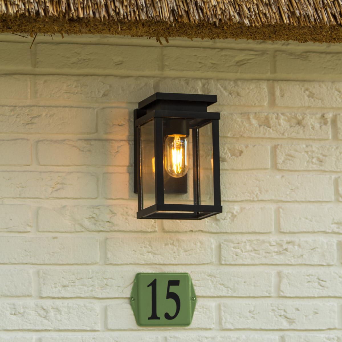 Zwarte buitenlamp met helder glas strak moderne verlichting voor buiten aan de wand merk KS Verlichting